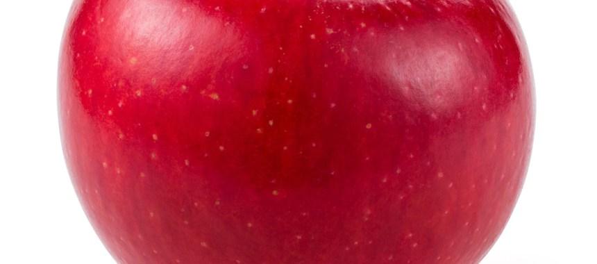 Tips Membersihkan dan Memanfaatkan Apel yang Hampir Busuk