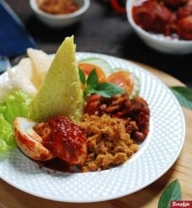 nasi kuning komplit asli