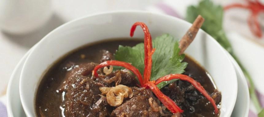 7 Jenis Semur Khas Indonesia yang Gurih & Nikmat