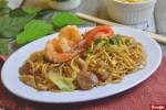 3 Tips Memasak Nasi atau Mie Goreng agar Kecap Bisa Tercampur Rata