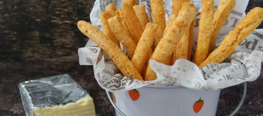7 Langkah Mudah Membuat Cheese Stick Renyah & Gurih untuk Hari Raya