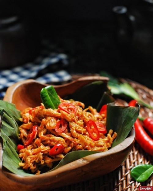 Gambar Hasil Membuat Resep Ayam Suwir Pedas Bali