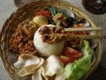 10 Ragam Isian & Lauk Pelengkap dalam Nasi Campur Bali