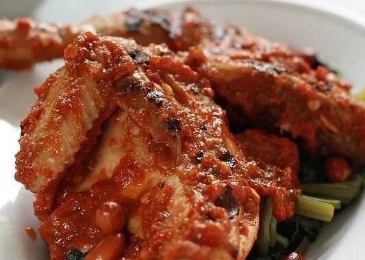 10 Aneka Sajian Ayam Khas Nusantara yang Menggoyang Lidah & Mudah Dimasak di Rumah