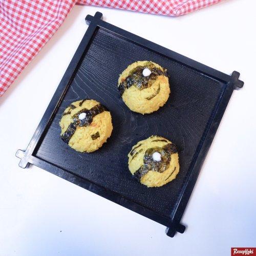 Gambar Hasil Membuat Resep Rice Ball Minion