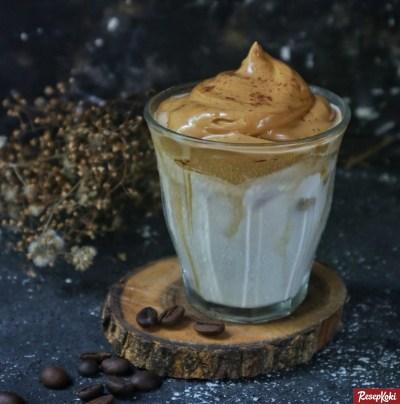 Gambar Hasil Membuat Resep Dalgona Coffee