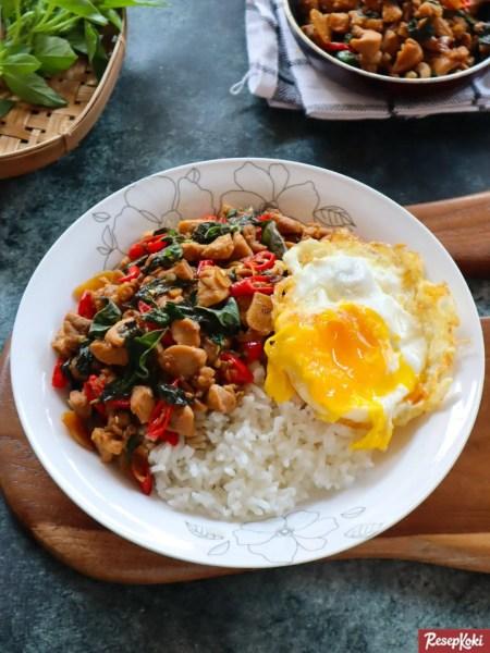 Gambar Hasil Membuat Resep Chicken Basil Thai