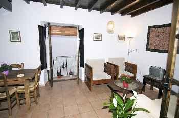 Apartamentos junto a la Alhambra de Granada  Historia y