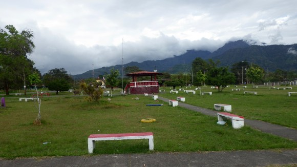 Volcan Benches
