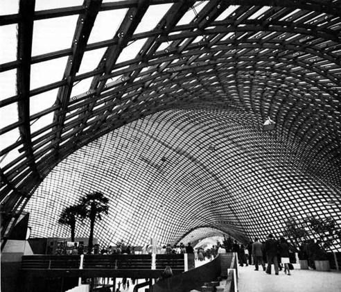 Toit des halles de Mannheim en Allemagne – 1970