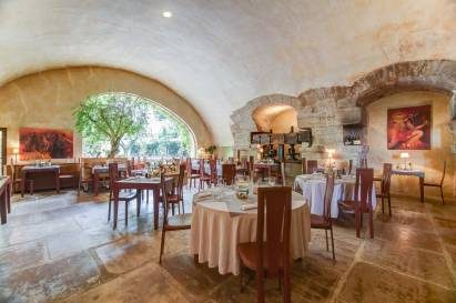 3457-moulin-de-lourmarin-restaurant-1-chateauxethotelscollection