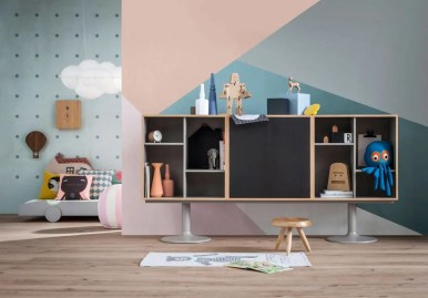 2_CASSINA_Casiers-Standard_Le-Corbusier_Jeanneret_Perriand_amb_kids'-room