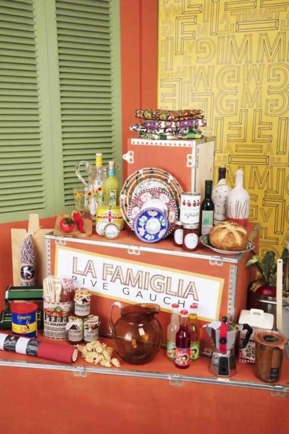 Exposition-La-Famiglia-La-Table-HD