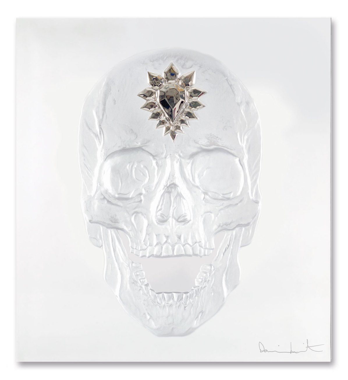 HD-88059104-ETERNAL-MEMENTO-Clear-and-Platinum-Photo-François-Fernandez-©-Damien-Hirst-Science-Ltd-and-Lalique