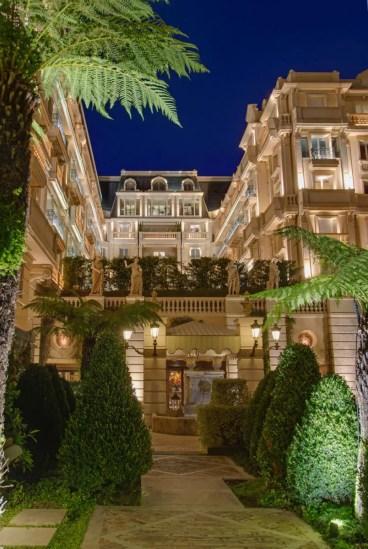Soir_Hotel-Metropole