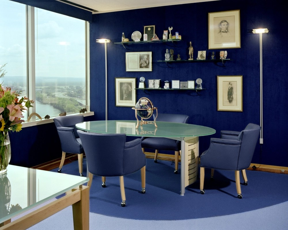 living room decor blue walls small seating arrangements 15 beautiful dark wall design ideas chic decorating with paint