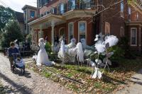 40+ Funny & Scary Halloween Ghost Decorations Ideas