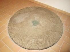 """Pedra del molí anomenat """"Molí d'en Rovira"""""""
