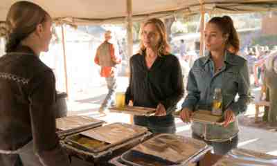 Kim Dickens as Madison Clark, Alycia Debnam-Carey as Alicia Clark - Fear the Walking Dead _ Season 3, Episode 3 - Photo Credit: Michael Desmond/AMC