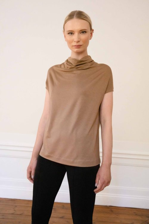 Luca tencel top in color mole