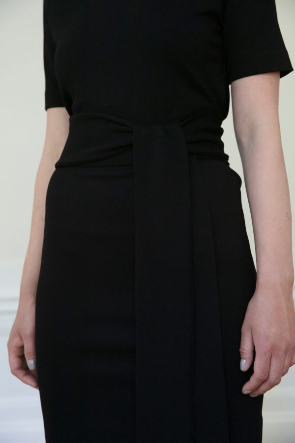 Residus dress close up Lilith Ecovero knot
