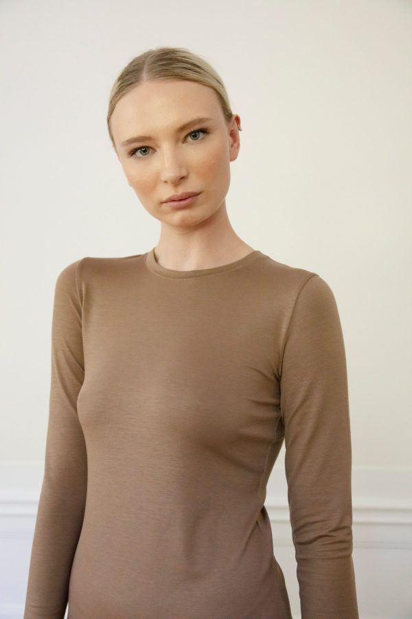 Residus dress Tora in tencel from front detail