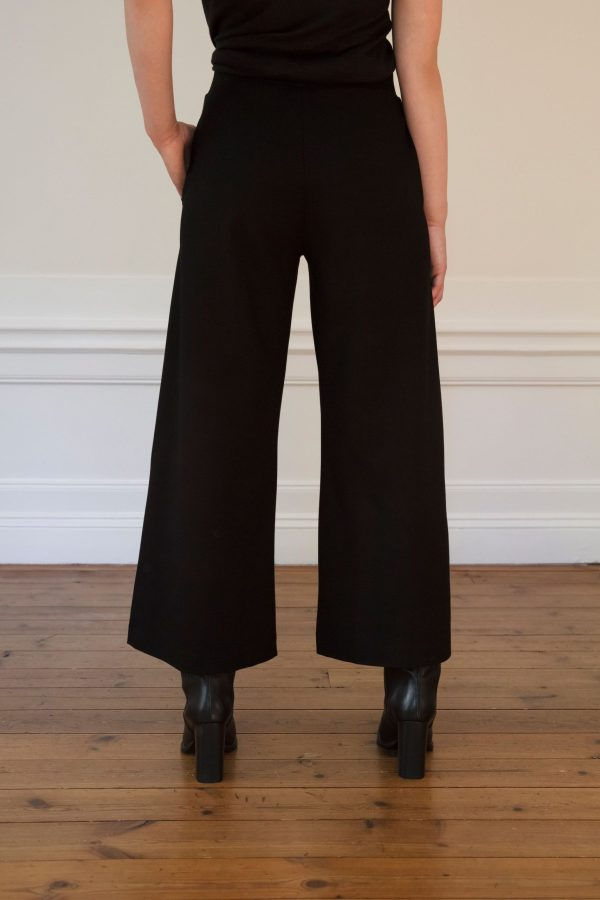 Residus Lottie Ecovero Pant Black in the back