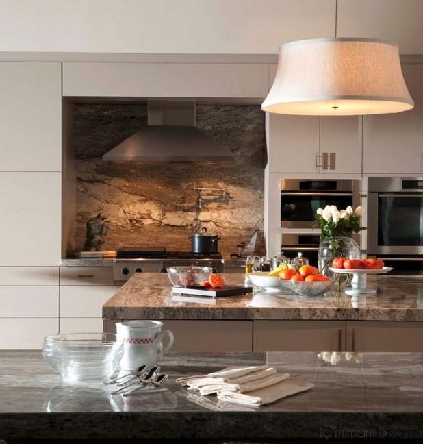 Mozaik-Ahşap-Duvar Kağıtlarıyla-Mutfak-Tasarımları (26)