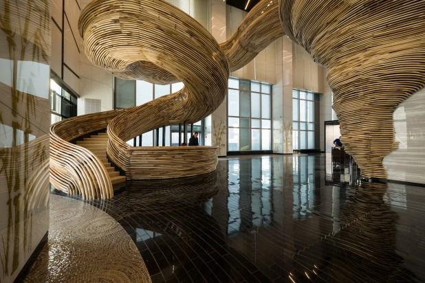 Tel Aviv Elmas Borsası Ek Binası Heykel Merdiven Tasarımı (17)