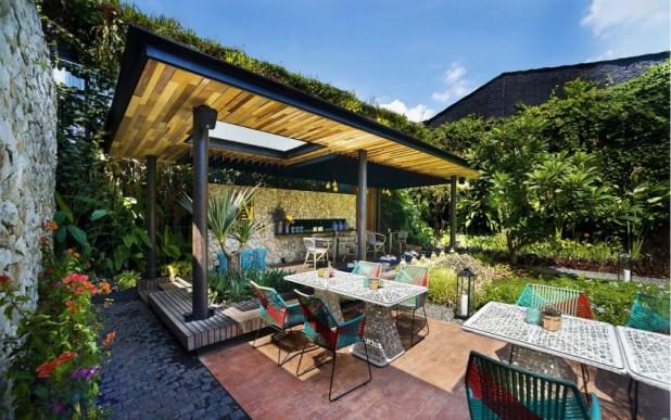 Java Adasında Doğal Tropikal Bir Mekan (4)