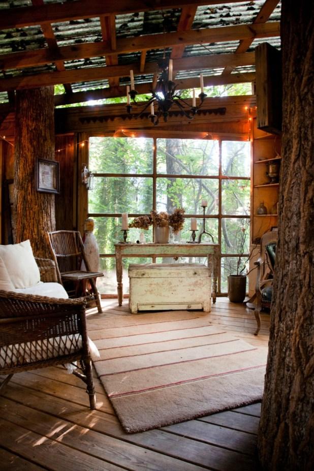 Orman İçinde Muhteşem Antik Muhteşem Ağaç Ev (5)