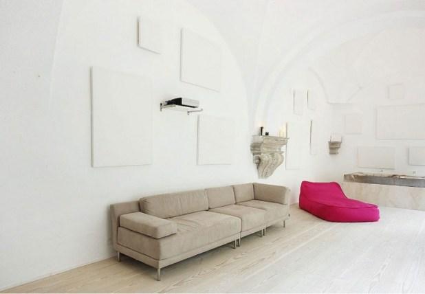 barselonada-500-yillik-bir-evin-modern-yasama-carpici-donusumu-3