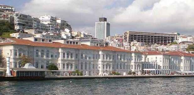 Mimar Sinan Güzel Sanatlar Üniversitesi Güzel Sanatlar Fakültesi özel yetenek sınav takvimini açıkladı.