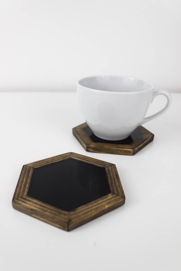10 Gorgeous DIY Coasters You Need In Your Home Resin Crafts