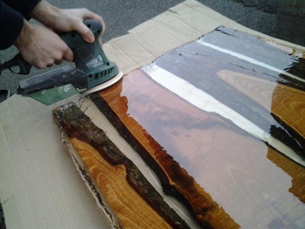 fabriquez votre table en bois et resine