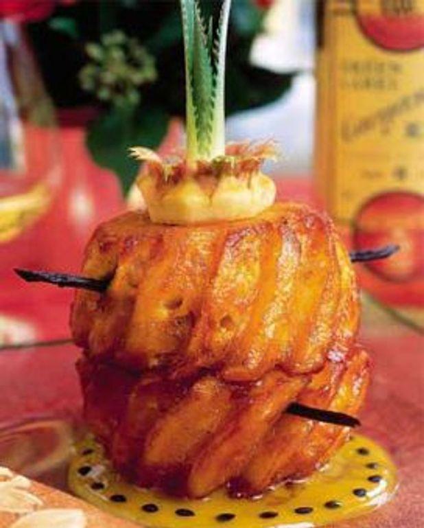 Ananas Roti Au Four : ananas, Ananas, Victoria, Vanille, Personnes, Recettes, Table