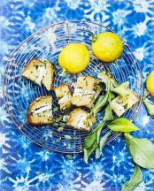 Cake au chèvre, citron confit et graines