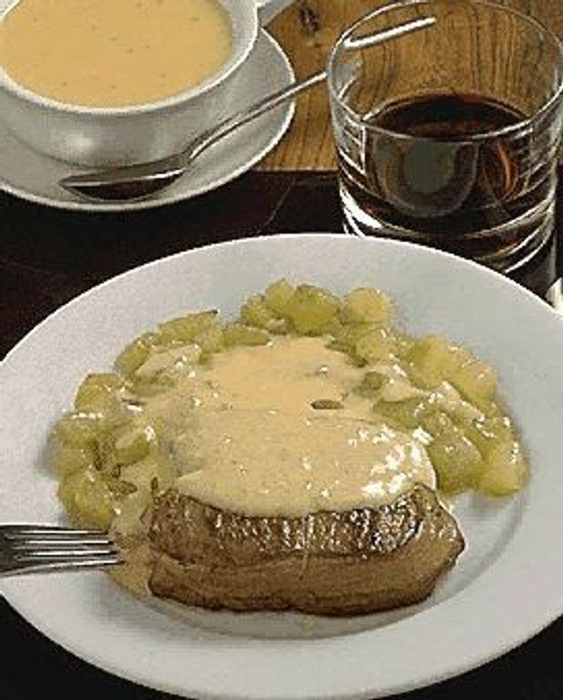 Sauce Pour Tournedos De Boeuf : sauce, tournedos, boeuf, Tournedos, Roquefort, Personnes, Recettes, Table