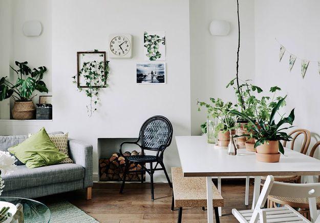 un coin salle a manger dans un petit salon c est possible