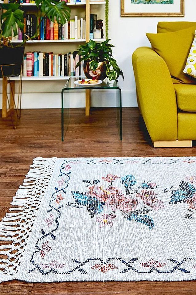 des tapis qui rechauffent le salon