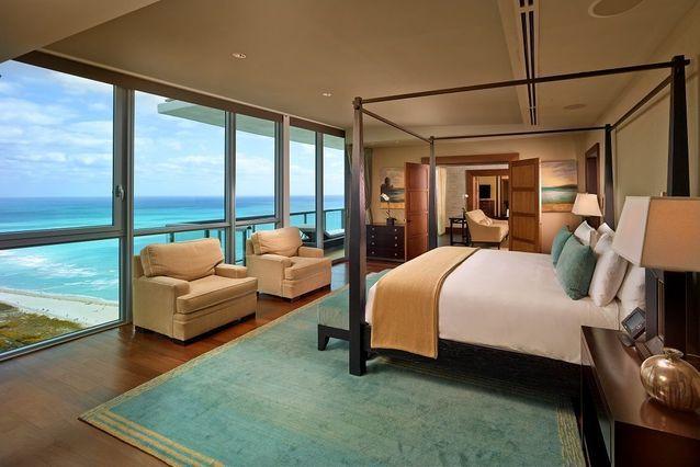 Suite Océan vue plage South Beach et océan Atlantique, The Setai Miami Beach, Etats-Unis