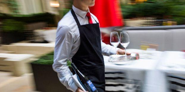 Restauration : le patronat veut mieux payer ses salariés afin de recruter plus facilement