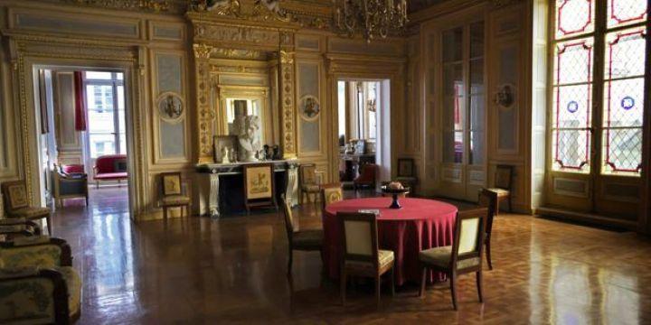 Les repas clandestins avaient notamment lieu au Palais Vivienne.