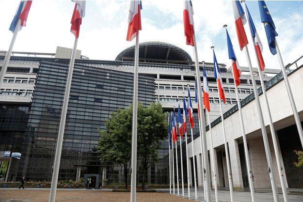 """Le ministère des Finances à Bercy, haut lieu des """"intouchables d'Etat""""."""