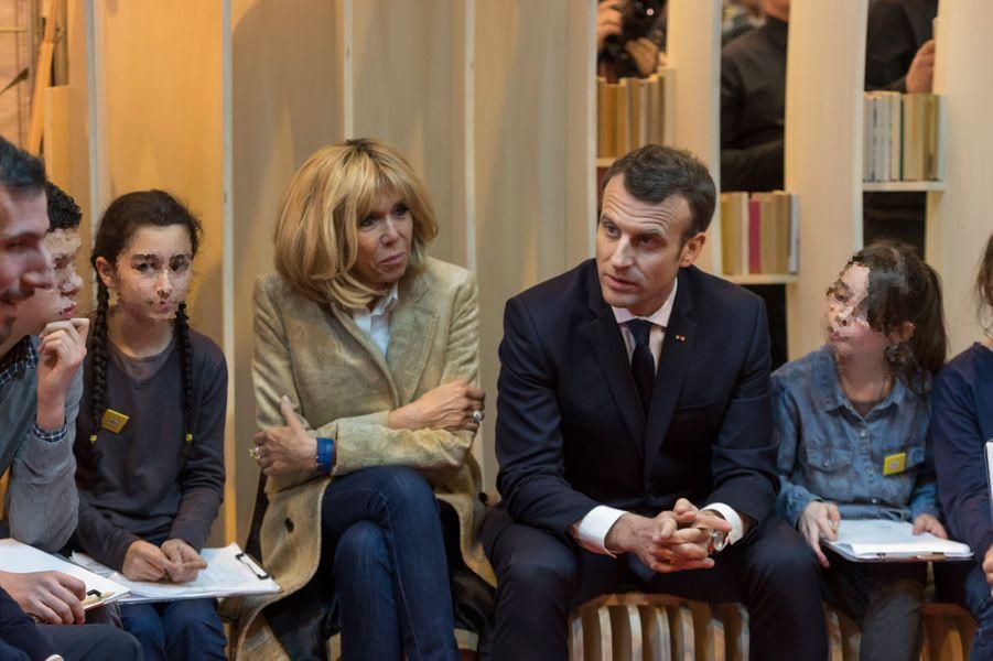 Emmanuel et Brigitte Macron inaugurent le Salon du livre