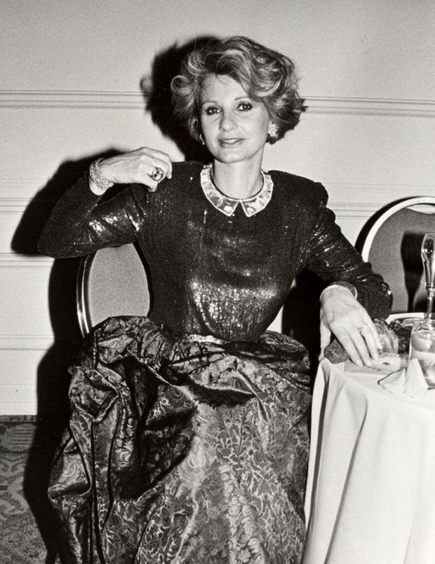 Jill Ireland, lors du American Ireland Fund Premiere Heritage Awards Dinner, à Beverly Hills en novembre 1988, quelques mois avant la résurgence de son cancer.