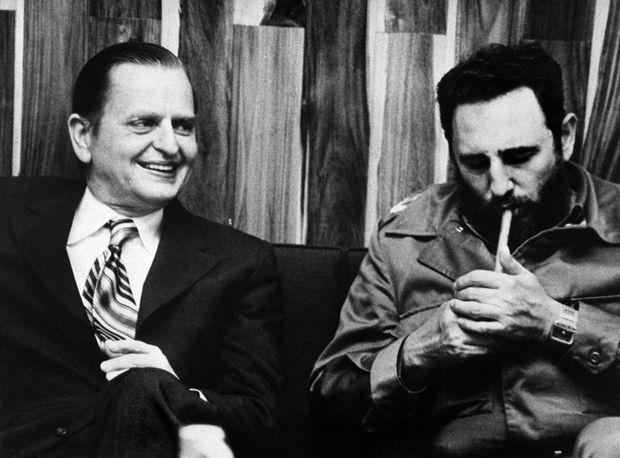 Olof Palme et Fidel Castro, lors d'un voyage officiel à Cuba en mars 1973.