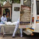 Nouveau record de décès en Inde, le Parlement européen pour une levée des brevets… le point sur le coronavirus