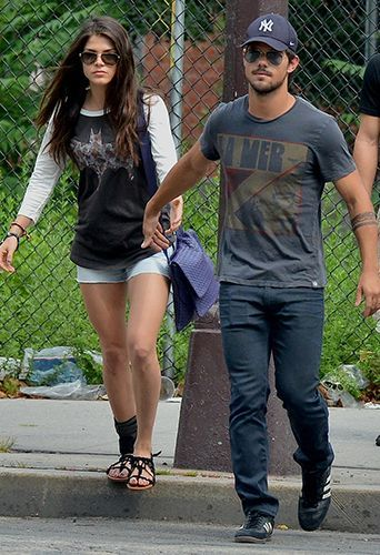 Marie Avgeropoulos Films Et Programmes Tv : marie, avgeropoulos, films, programmes, Photos, Taylor, Lautner, Couple, Co-star, Marie, Avgeropoulos
