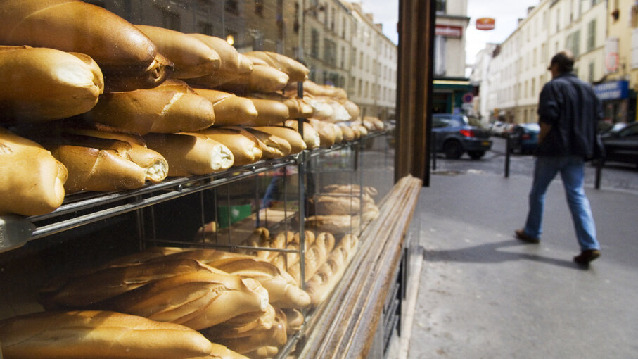 when france fined bakers